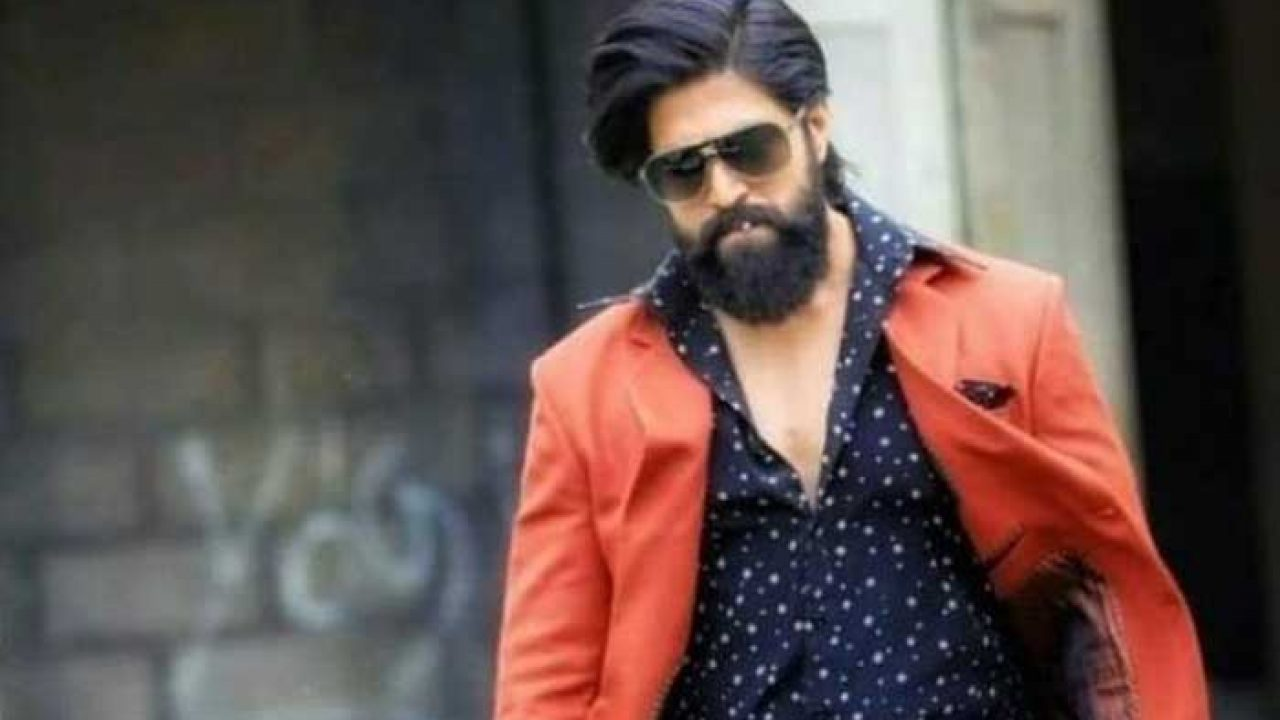 Had Just Rs 300 When I Came To Bengaluru Kgf Chapter 2 Actor Yash Techzimo